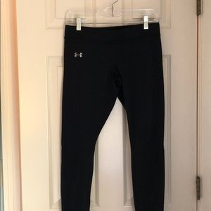 GREAT CONDITION under armour leggings